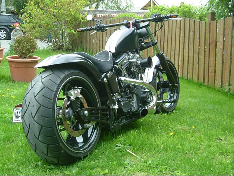 favorite cycles custom harley davidson bikes aus. Black Bedroom Furniture Sets. Home Design Ideas